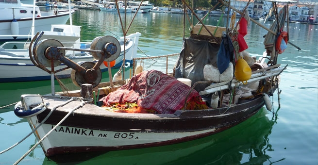 30 - Fishing boat in Limenas